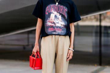 Το T-shirt που φοράνε όλα τα fashion girls βρίσκεται ήδη στο συρτάρι σας